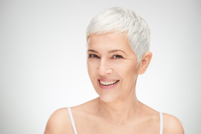 I migliori tagli di capelli over 50 per essere glamour